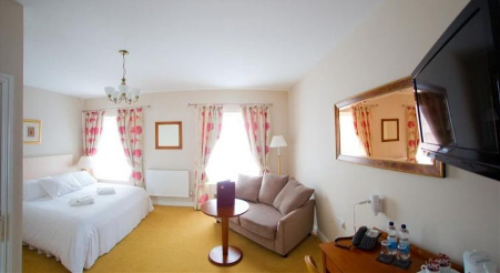 Rooms at the Four Seasons, Aberystwyth
